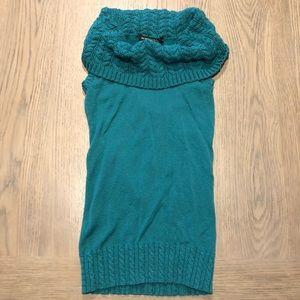 Bcbg Maxarzia Cowl/Turtle Neck Sweater